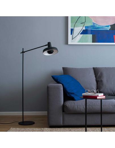 Miljøbillede af Arigato FP i sort gulvlampe fra Gropa Products