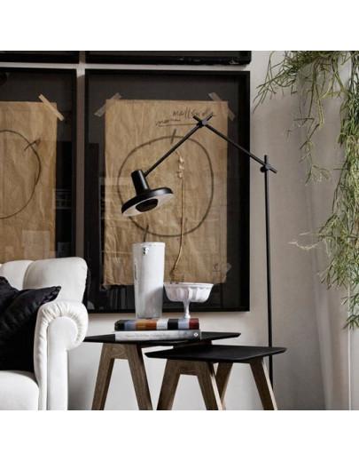 Miljøbillede af Arigato sort gulvlampe fra Gropa Products